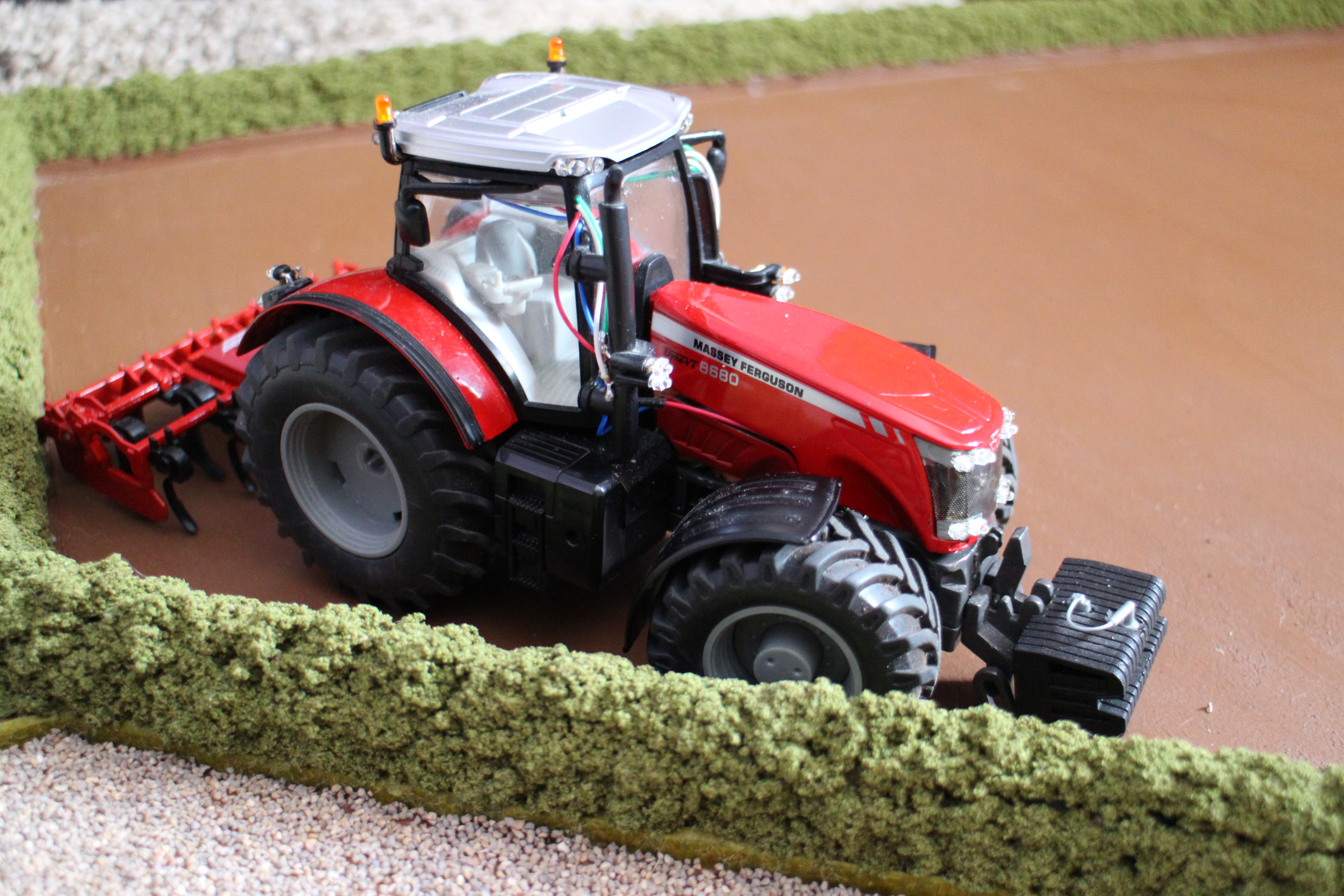 RC Massey 8680 with Cultivator
